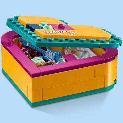 LEGO HOGWARTS ARCHITECT STATUE